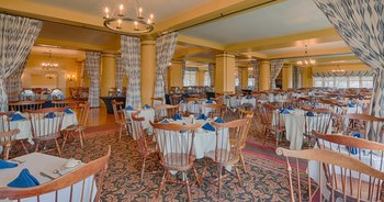 Dining at The Inn at Pocono Manor.