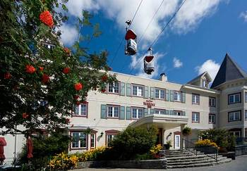 Holidays at Residence Inn Mont Tremblant Manoir Labelle.