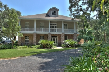 Villa exterior at The Villas of Amelia Island Plantation.