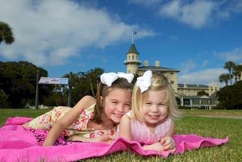 Kids at Jekyll Island Club Hotel.