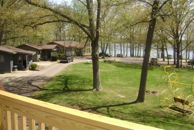 Shawnee Bay Resort (Benton, KY)