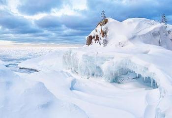 Winter wonderland near Eagle River Inn.