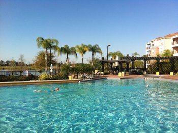 Exterior view at Vista Cay Resort.