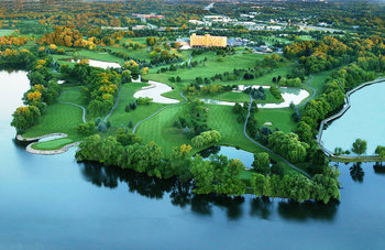 Aerial view of Eagle Crest Resort - Marriott Ann Arbor/Ypsilanti.