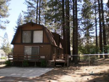 Happy bear vacation rentals big bear lake ca resort for Cabin rentals big bear lake ca
