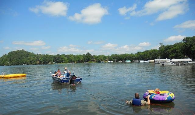 Sweetwater resort cushing mn resort reviews for Fish trap lake mn