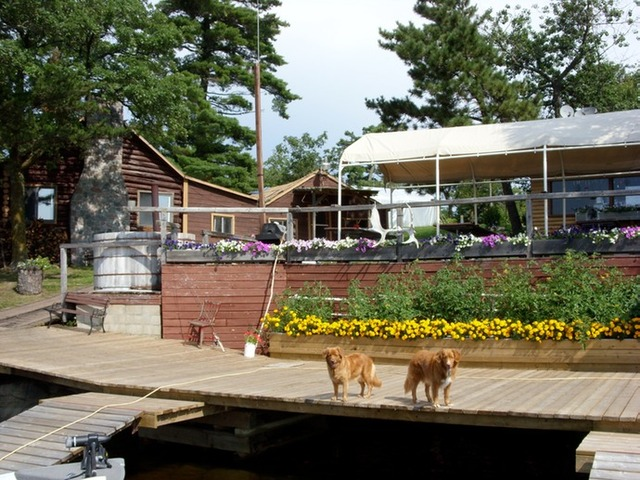 Lake of the woods lodge nestor falls ontario resort for Ontario fishing lodges and resorts
