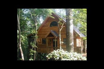 Cabin exterior at Twin Rivers Resort.