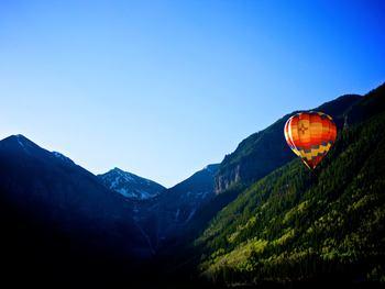 Hot air balloon rides at Lumiere Telluride.