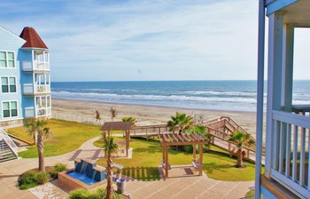 Beach view at Ryson Vacation Rentals.
