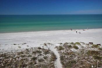 The beach at Teeming Vacation Rentals.