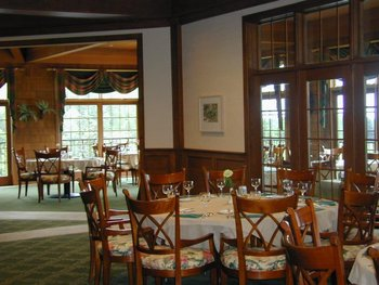 Dining tables at Skytop Lodge.