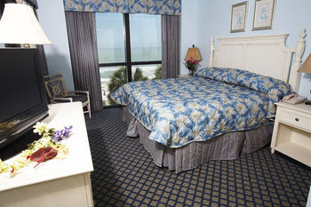 Guest bedroom at Caribbean Resort & Villas.