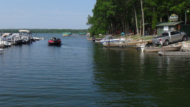Acorn hill resort walker mn resort reviews for Leech lake fishing resorts