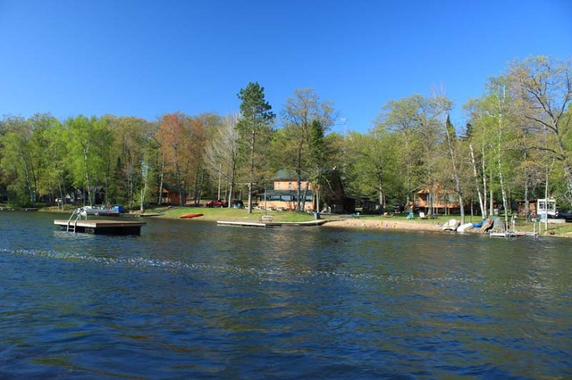 Maple view resort campground conover wi resort for Wisconsin fishing resorts with boat rentals