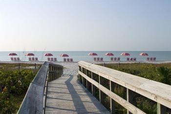 Boardwalk to beach at The Inns of Sanibel.