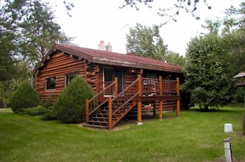 Cabin exterior at Zippel Bay Resort.