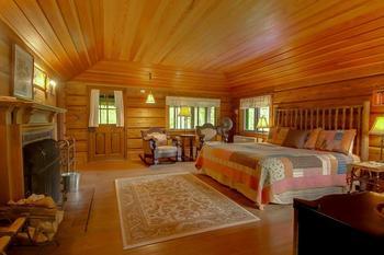 Main lodge room at Stout's Island Lodge.