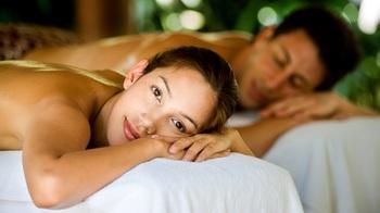 Couple's massage at EuroSpa & Inn.