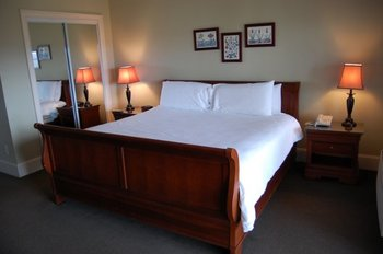 Guest Room at Crestwood Resort & Spa