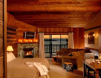 King suite at Tigh-Na-Mara Resort.