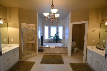Rental bathroom at Stonebridge Resort.
