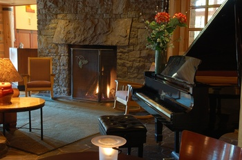 Fireside at The Heathman Lodge.