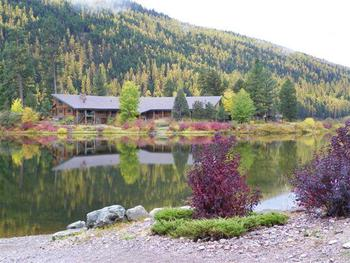 Exterior view of Montana Island Lodge.