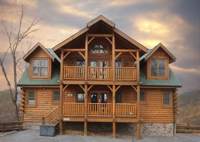 Pigeon Forge Vacation Rentals - Cabin - Rising Eagle Lodge / 8 ...