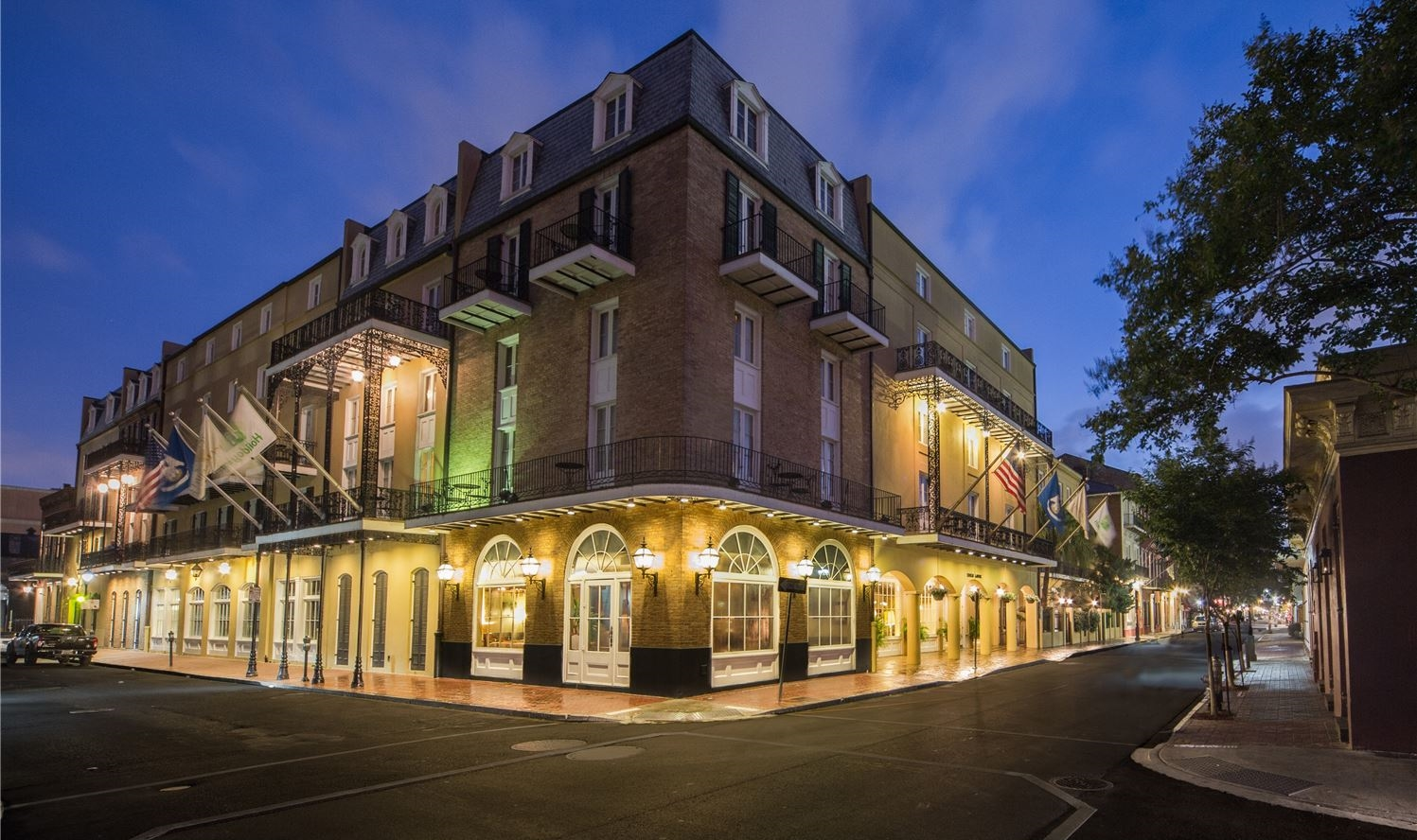 Exterior View of Holiday Inn French Quarter-Chateau Lemoyne