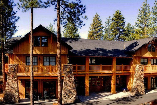 Exterior View of FivePine Lodge