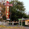 Exterior View of El Bonita Motel 