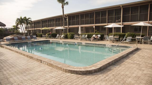 Sea Oats Beach Club (Englewood, FL) - Resort Reviews ...