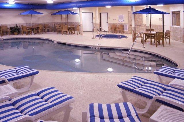 The Irish Cottage Boutique Hotel (Galena, IL) - Resort ...