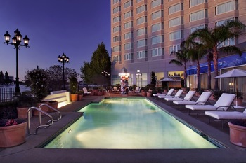 Outdoor pool at Sofitel San Francisco Bay.