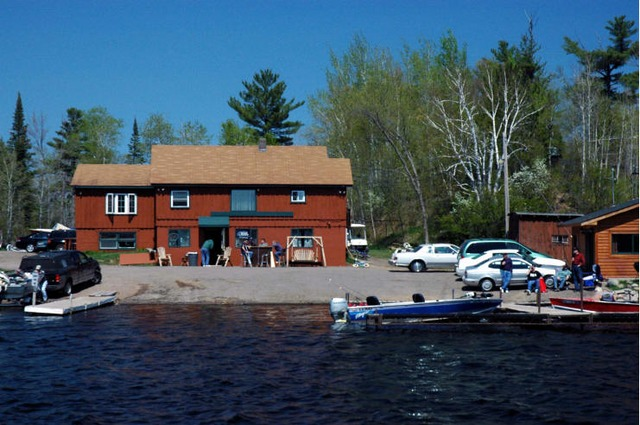 Hi banks resort duluth mn resort reviews for Duluth mn resorts e cabine