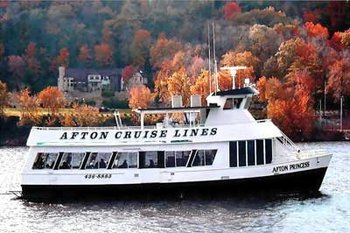 Fall riverboat cruise at Historic Afton House Inn.
