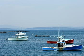 Boating near Bar Harbor Quality Inn.
