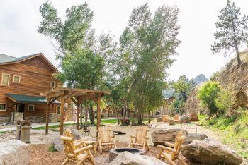 Fire pit at Fall River Village Resort Condos.