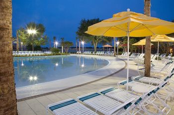Outdoor pool at Holiday Inn Club Vacations at Orange Lake Resort.
