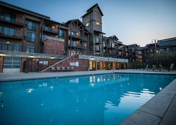Outdoor pool at The Lodge at Stillwater.