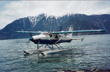 Water plane at Grizzly Bear Lodge & Safari.