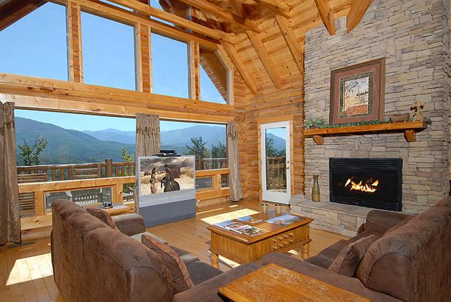 Sevierville vacation rentals cabin heavenly heights 5 bedroom 5 bath premier plus sleeps 20 for 7 bedroom cabins in gatlinburg tn