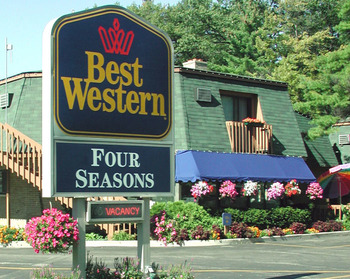 Exterior view of Best Western Four Seasons.