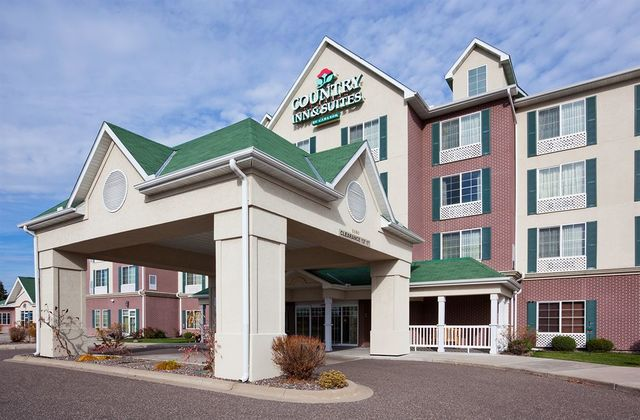 29 Country Inn Suites jobs available in Vadnais Heights, MN on circulatordk.cf Apply to Guest Service Agent, Executive Housekeeper, Hotel Manager and more!