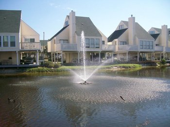 Fountain view at Sandpiper Cove.