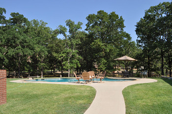 Outdoor pool at Saline Creek Farm.