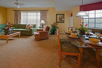 Guest room at Holiday Inn Club Vacations at Orange Lake Resort.