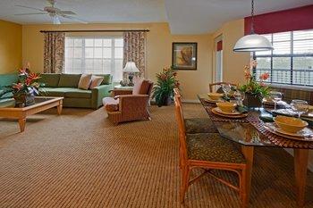 Guest room at Holiday Inn Club Vacations at Orange Lake Resort.