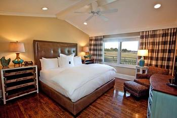 Cottage bedroom at The Inn at Willow Grove.